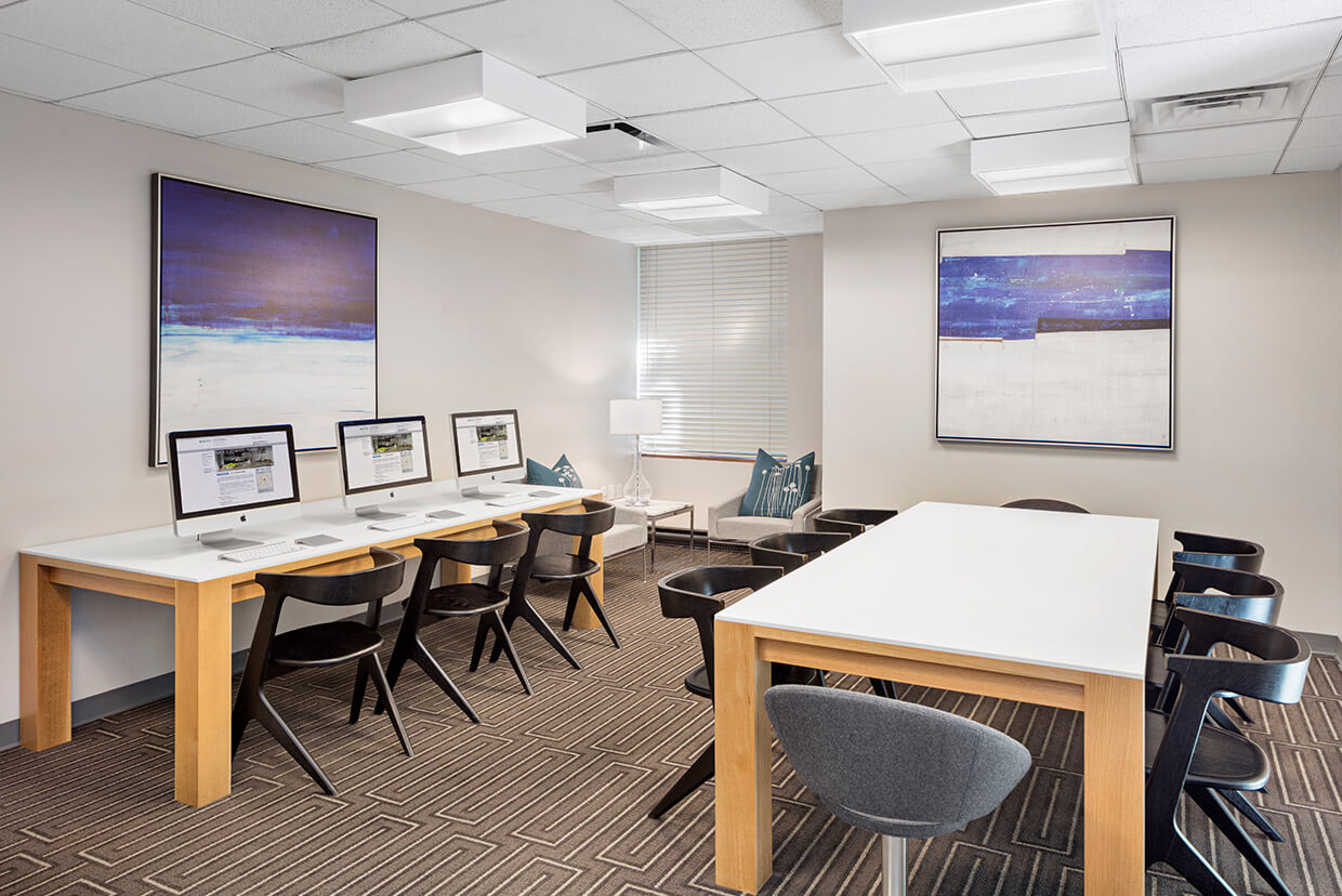 Business Center with iMacs